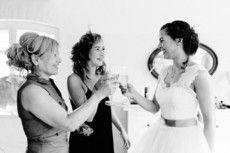 Mode von Braut und Bräutigam