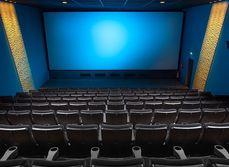 Gå på bio ensamma
