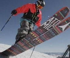 Skis / Snowboard