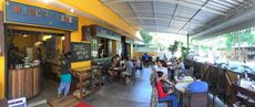 Marc's cafe, roast & taste, Auroville