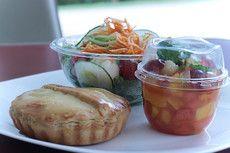 Salada + Torta Salgada + Sobremesa