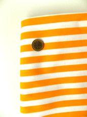 Righe giallo intenso