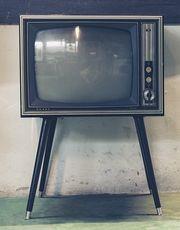Tv visades i färg.