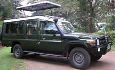 4X4 Land Cruiser Van