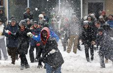 Community snowball fight