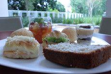 Salada de Frutas + Pães de Queijo  + Lanches Individuais + Bolo Caseiro + Acompanhamento