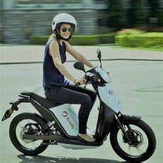 Motorrad/Roller